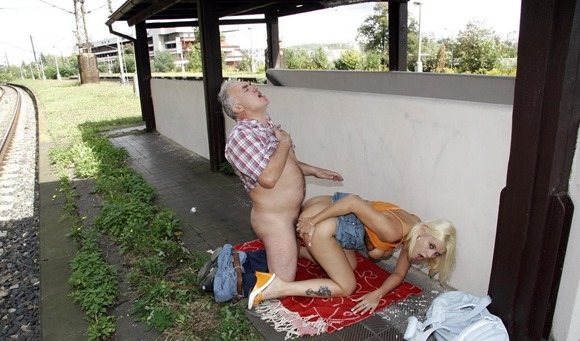 slutty-blonde-fucking-outdoors