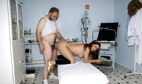 old-doctor-banging-his-patient